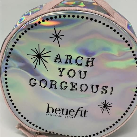 Benefit 2019 Arch You Gorgeous makeup bag.